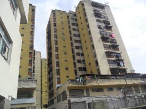 Apartamento En Venta En Los Teques, El Trigo, Venezuela, VE RAH: 17-159