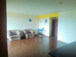 Apartamento En Venta En Maturin, Maturin, Venezuela, VE RAH: 17-173