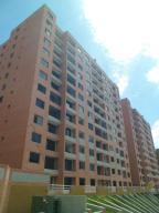 Apartamento En Venta En Caracas, Colinas De La Tahona, Venezuela, VE RAH: 17-180