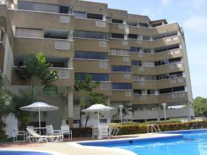 Apartamento En Venta En Rio Chico, Los Canales De Rio Chico, Venezuela, VE RAH: 17-191
