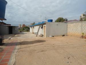 Terreno En Venta En Maracaibo, Dr Portillo, Venezuela, VE RAH: 17-221