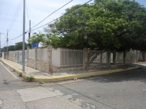 Casa En Venta En Maracaibo, La Paz, Venezuela, VE RAH: 17-240