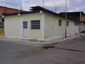 Casa En Venta En Municipio Linares Alcantara, La Morita Ii, Venezuela, VE RAH: 17-247
