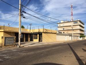 Oficina En Alquiler En Maracaibo, Cantaclaro, Venezuela, VE RAH: 17-256