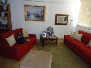 Apartamento En Venta En Maracaibo, Calle 72, Venezuela, VE RAH: 17-274