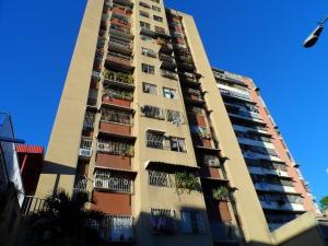 Apartamento En Venta En Caracas, Parroquia Santa Rosalia, Venezuela, VE RAH: 17-315