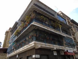 Apartamento En Venta En Caracas, El Paraiso, Venezuela, VE RAH: 17-307