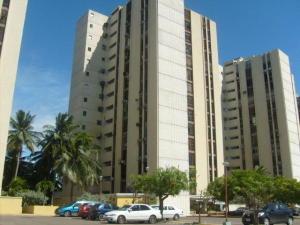 Apartamento En Venta En Maracaibo, Lago Mar Beach, Venezuela, VE RAH: 17-313