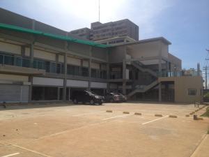 Local Comercial En Alquiler En Maracaibo, Monte Claro, Venezuela, VE RAH: 17-336