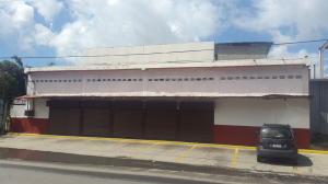 Local Comercial En Alquiler En Guatire, Guatire, Venezuela, VE RAH: 17-342