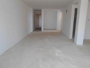 Apartamento En Venta En Punto Fijo, Casacoima, Venezuela, VE RAH: 17-365