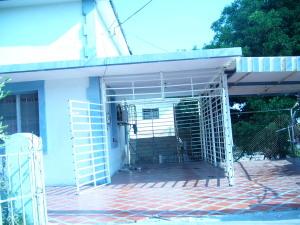 Casa En Venta En Maracaibo, Banco Mara, Venezuela, VE RAH: 17-361