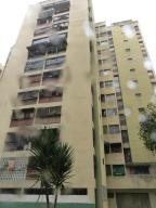 Apartamento En Venta En Los Teques, El Trigo, Venezuela, VE RAH: 17-372