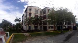 Apartamento En Venta En Rio Chico, Las Mercedes De Paparo, Venezuela, VE RAH: 17-377