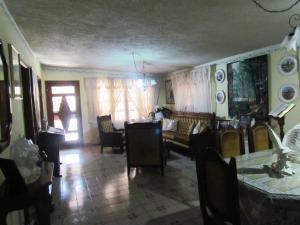 Casa En Venta En Maracaibo, La Limpia, Venezuela, VE RAH: 17-395