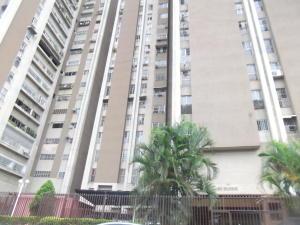Apartamento En Venta En Caracas, El Paraiso, Venezuela, VE RAH: 17-408