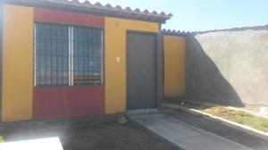 Casa En Venta En San Joaquin, La Pradera, Venezuela, VE RAH: 17-413