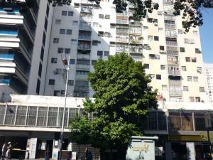 Apartamento En Venta En Caracas, Parroquia La Candelaria, Venezuela, VE RAH: 17-419