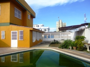 Casa En Venta En Higuerote, Ciudad Balniario Higuerote, Venezuela, VE RAH: 17-439