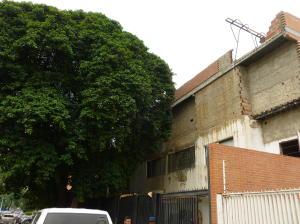 Galpon - Deposito En Venta En Caracas - Santa Monica Código FLEX: 17-444 No.1
