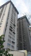 Apartamento En Venta En Maracay, Parque Aragua, Venezuela, VE RAH: 17-456