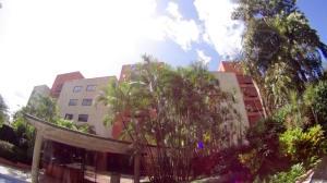 Apartamento En Venta En Caracas, Colinas De Bello Monte, Venezuela, VE RAH: 17-447