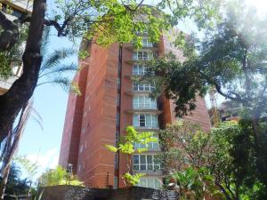 Apartamento En Venta En Caracas, El Rosal, Venezuela, VE RAH: 17-448
