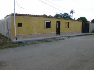 Casa En Venta En Cabudare, El Placer, Venezuela, VE RAH: 17-467