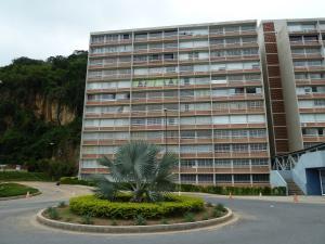 Apartamento En Venta En Caracas, El Encantado, Venezuela, VE RAH: 17-470