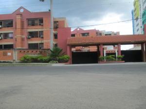 Apartamento En Venta En Municipio Naguanagua, Tazajal, Venezuela, VE RAH: 17-476