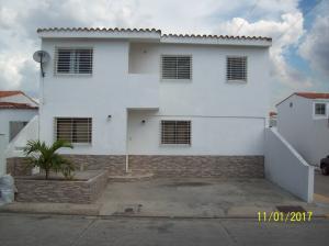 Casa En Venta En Cabudare, Camino De La Mendera, Venezuela, VE RAH: 17-478