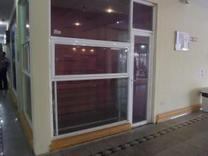 Local Comercial En Alquiler En Maracaibo, Circunvalacion Dos, Venezuela, VE RAH: 17-487