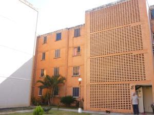 Apartamento En Venta En Municipio San Diego, El Tulipan, Venezuela, VE RAH: 17-495