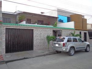 Casa En Venta En Municipio San Diego, Valle Verde, Venezuela, VE RAH: 17-505