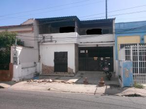 Casa En Venta En Valencia, La Candelaria, Venezuela, VE RAH: 17-508