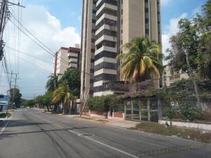 Casa En Ventaen Maracaibo, Santa Maria, Venezuela, VE RAH: 17-517