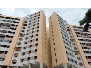 Apartamento En Venta En Municipio Naguanagua, Tazajal, Venezuela, VE RAH: 17-525
