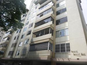 Apartamento En Venta En Caracas, El Paraiso, Venezuela, VE RAH: 17-526