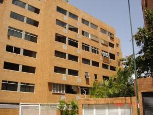 Apartamento En Venta En Caracas, Campo Alegre, Venezuela, VE RAH: 17-543