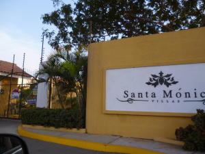 Townhouse En Venta En Municipio San Francisco, San Francisco, Venezuela, VE RAH: 17-539