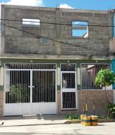 Casa En Venta En Barquisimeto, Parroquia El Cuji, Venezuela, VE RAH: 17-586