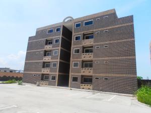 Apartamento En Venta En Municipio Linares Alcantara, La Morita Ii, Venezuela, VE RAH: 17-573