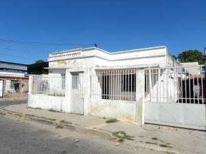 Casa En Venta En Palo Negro, Centro Palo Negro, Venezuela, VE RAH: 17-578