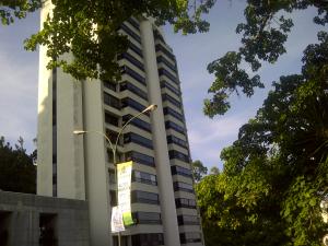 Apartamento En Venta En Caracas, Lomas De Prados Del Este, Venezuela, VE RAH: 17-589