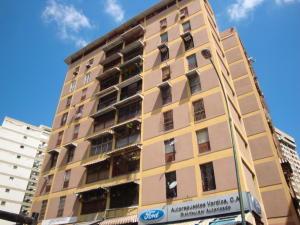 Apartamento En Venta En Caracas, Horizonte, Venezuela, VE RAH: 17-607