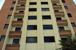 Apartamento En Venta En Municipio Naguanagua, El Rincon, Venezuela, VE RAH: 17-601