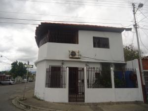 Casa En Venta En Cabudare, El Trigal, Venezuela, VE RAH: 17-604