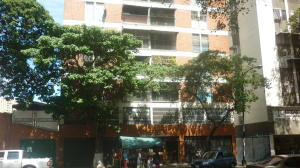 Apartamento En Venta En Caracas, El Paraiso, Venezuela, VE RAH: 17-612