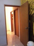 Townhouse En Alquiler En Maracaibo, Circunvalacion Dos, Venezuela, VE RAH: 17-663