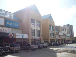 Local Comercial En Ventaen Tucacas, Tucacas, Venezuela, VE RAH: 17-652